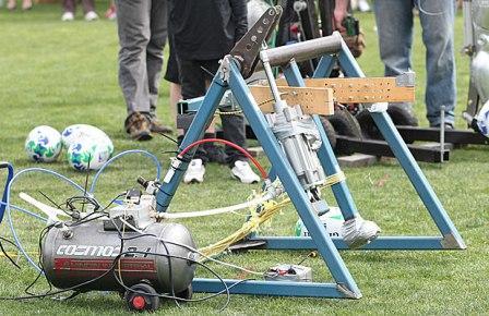 kicking machine